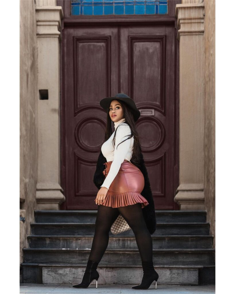 3 Ways To Style The Pleated Faux Mini Leather Skirt Like a Star