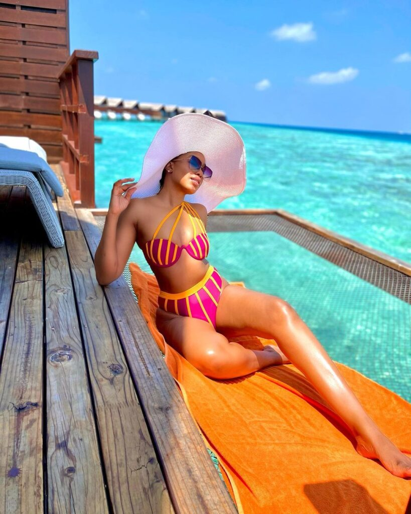 Sharon Ooja Sexy Bikini Getaway in Maldives Island