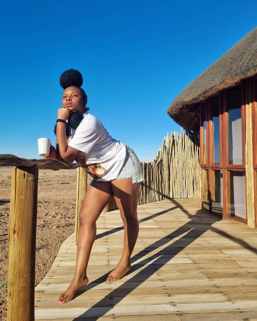 Yemi Alade New African Royalty Hairstyle May Inspire You To Call The Salon